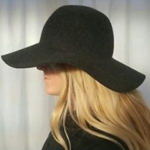 J. Crew NWT Floppy Hat Size M/L